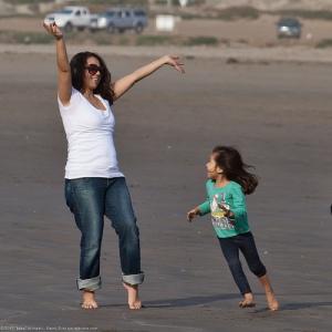 Mother and Daughter - rodzinny-wyjazd-nad-morze